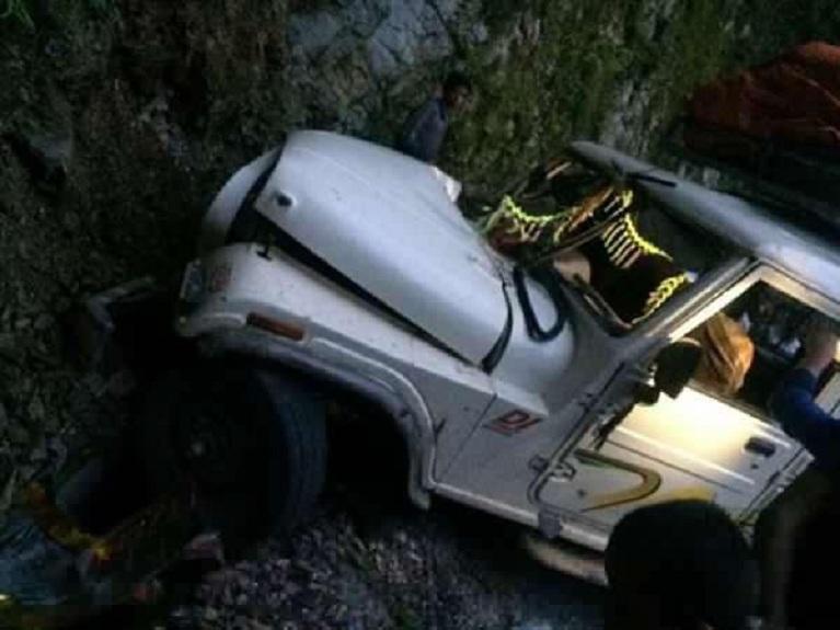 बैतडीमा जीप दुर्घटना, पाँच यात्रुको ज्यान गयो